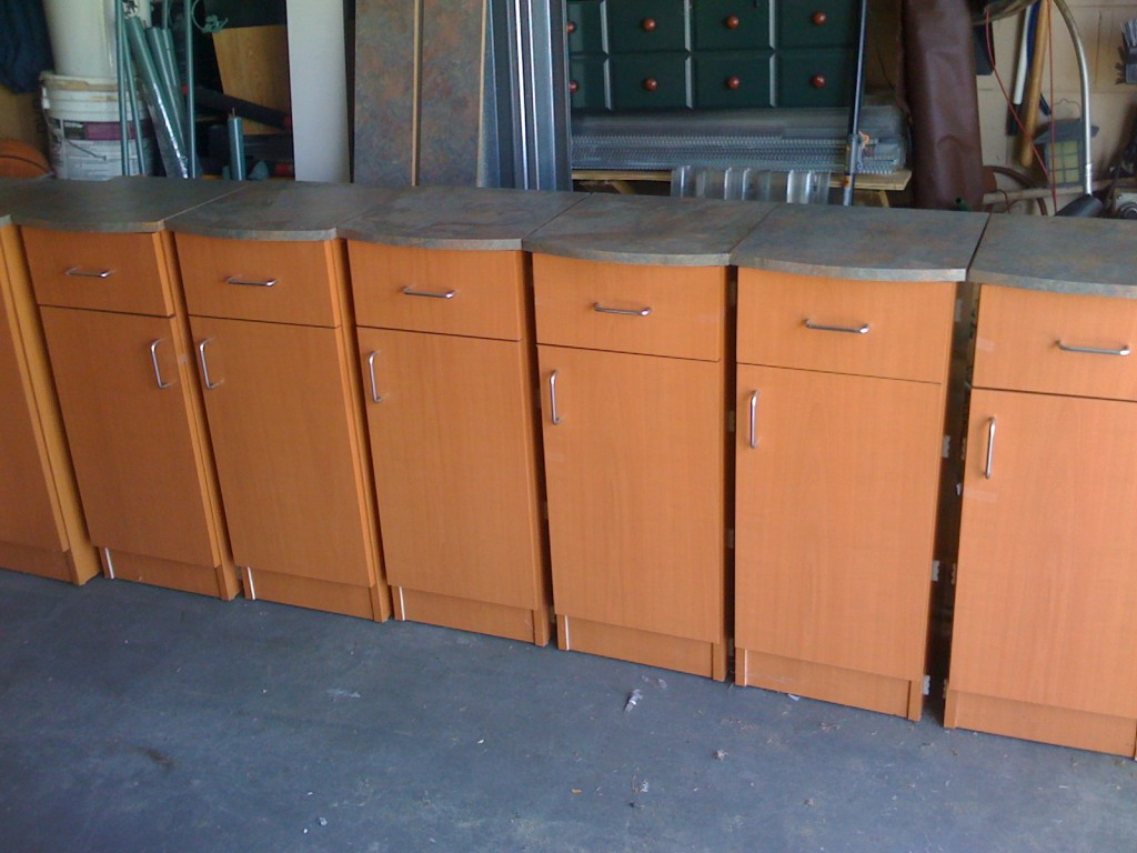 Packing Wrapping Furniture Cabinets - Packing Service Inc.