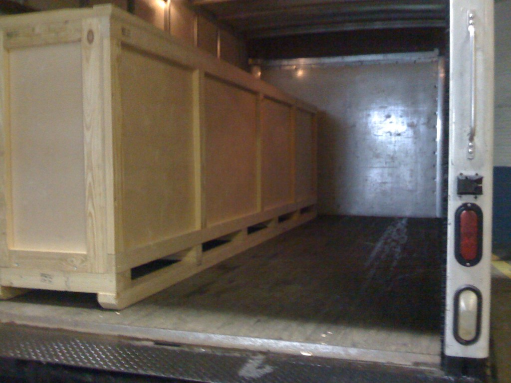 wooden crates and wooden boxes 888.722.5774 Packing Service Inc.