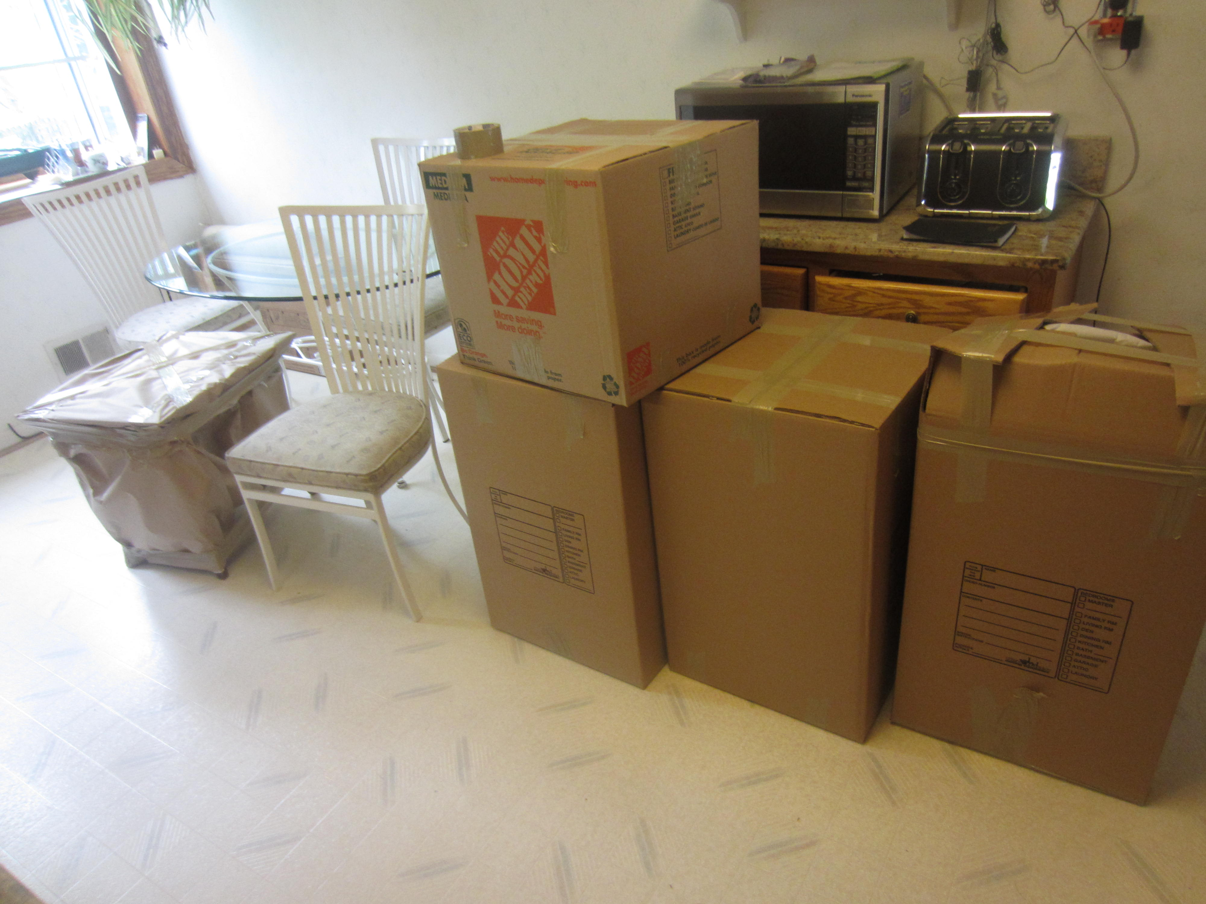Packing Service, Inc.  Packing Moving Boxes (16)